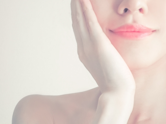 頬骨を引っ込める方法